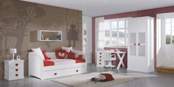 cama nido con tiradores de corazon color rojo