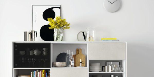 pieza aparador , roble combinada con blanco y cristal parsol