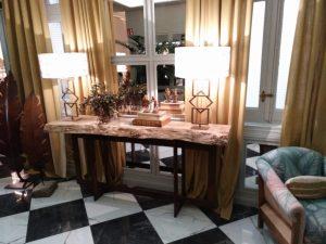 mesa de estilo indistrial tapa de olmo
