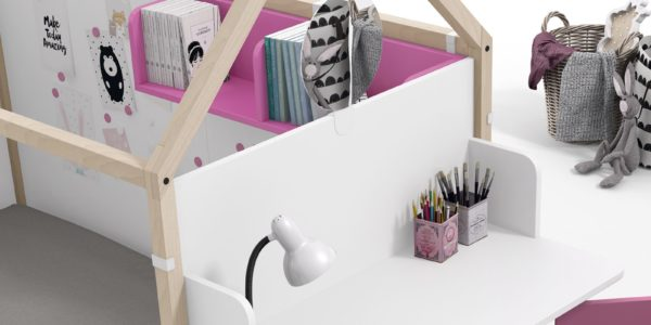 casita nido fucsia detalle mesa de estudio